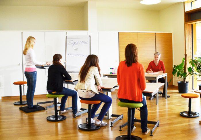 LeitnerWipp als Schülerhocker in der Bewegten Schule